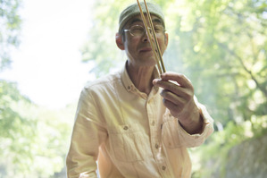厚木に住む陶芸家、小林さん。
